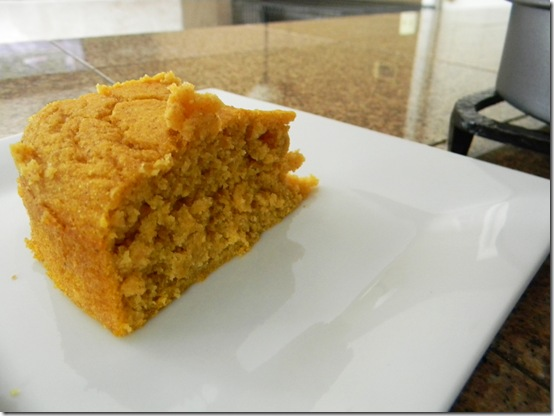 Whole Wheat Pumpkin Cornbread www.happywifehealthylife.com
