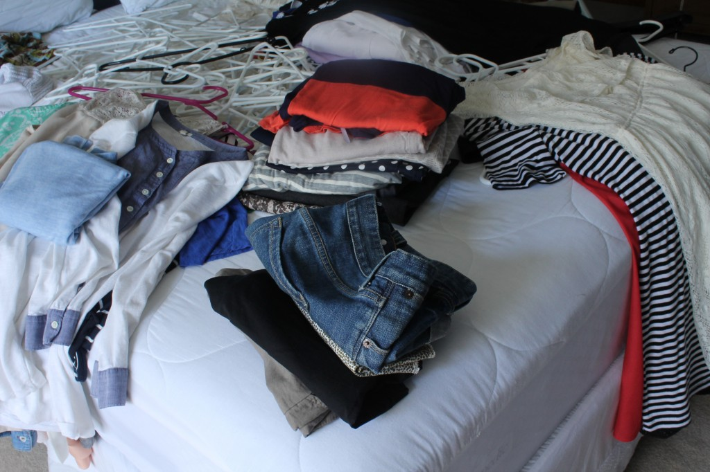 Capsule Wardrobe :: Happy Wife Healthy Life
