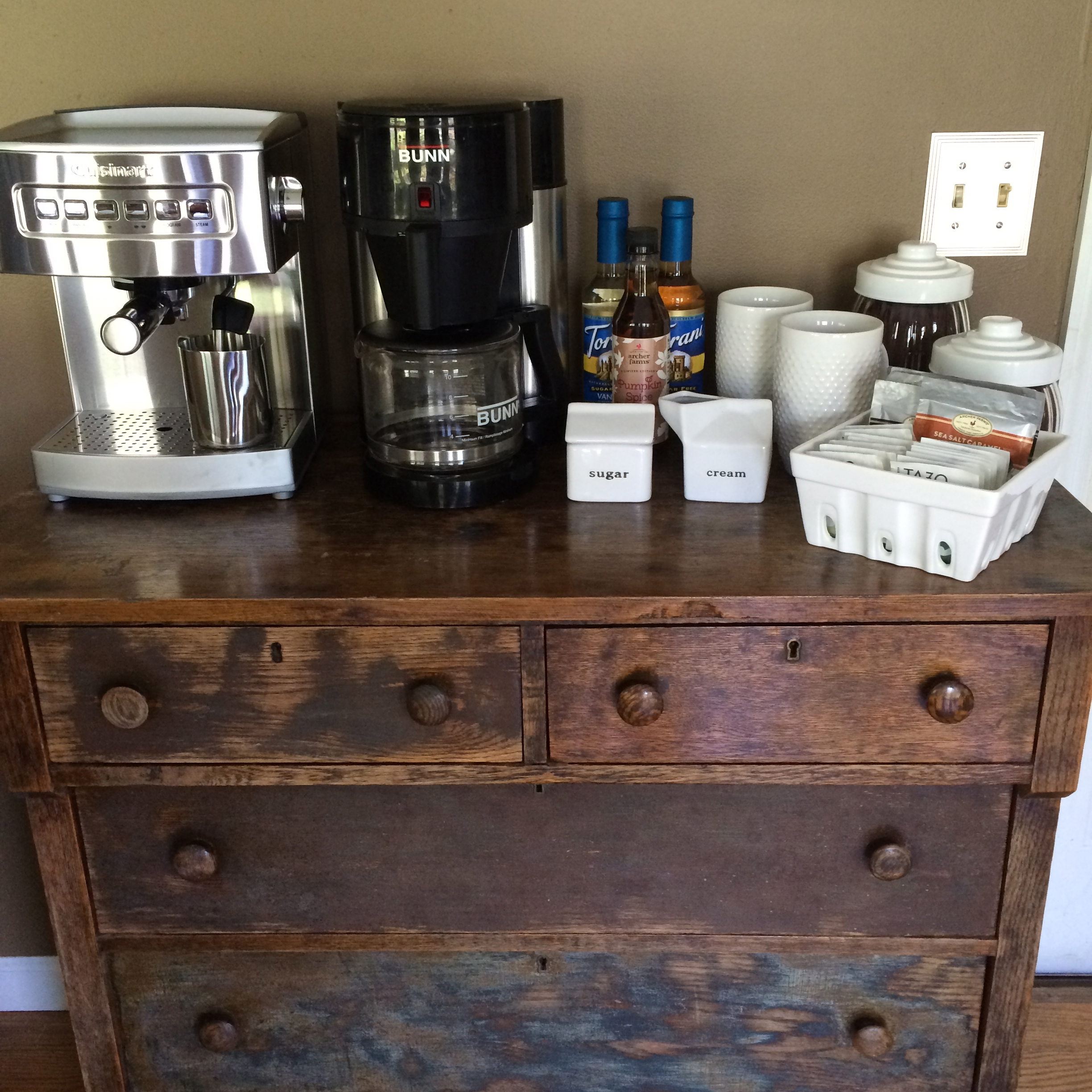 Home Coffee Bar Design Ideas: DIY Coffee Bar At Home