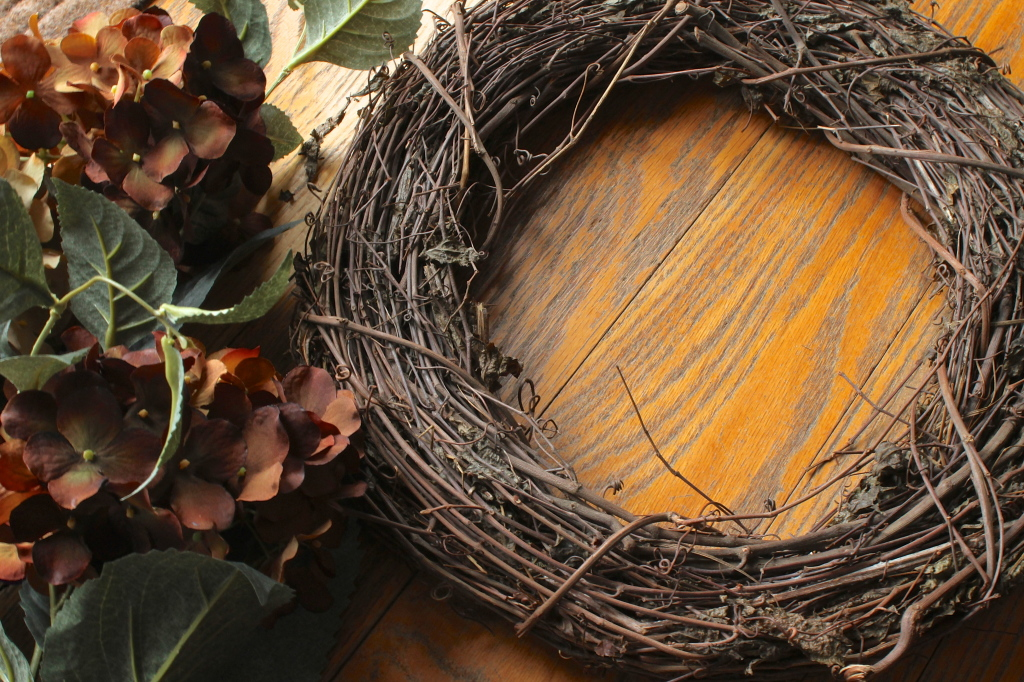 DIY - How to Make an Easy, Rustic Wreath