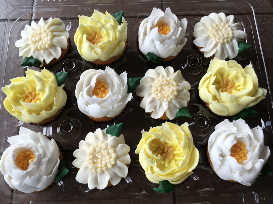 Neutral Baby Shower - Lemon Cupcakes with Buttercream Frositing