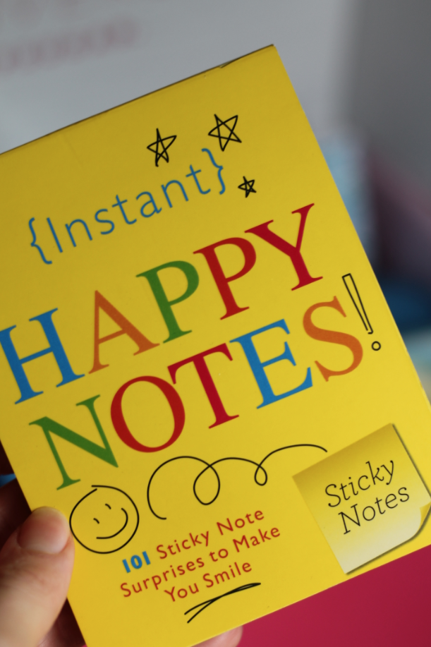 Sourcebooks, Inc. Instant Happy Notes POPSUGAR Must Have Box January 2017